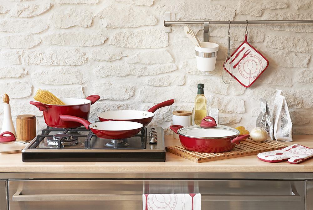 Best Ways To Clean Different Types Of Kitchen Utensils
